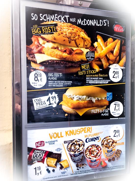 Burgerangebotstafel bei McDonald's