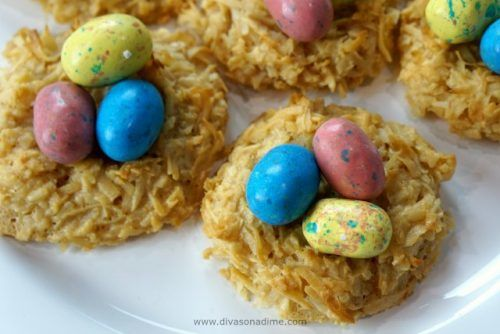 Crunchy, chewy coconutty macaroons are so easy to make. Only 5 ingredients, meet your new favorite cookie!