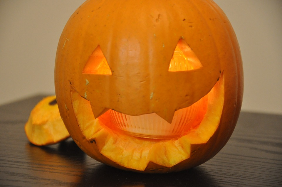 halloween-2886210_960_720