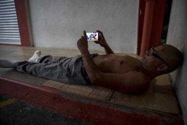 Ortega a la caza del control del internet… pero de forma análoga