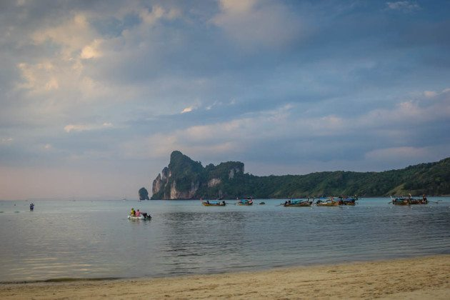 Phi Phi Islands Beaches Loh Dalum Tonsai Bay Long Beach: Complete Guide To The Phi Phi Islands
