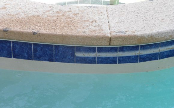 swimming pools in palm beach gardens