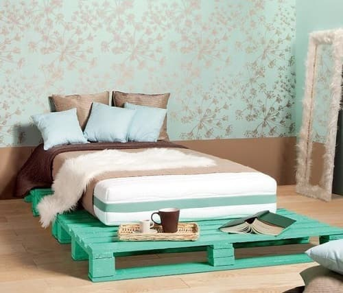 20+ Most Inspiring Wood Pallet Bedroom Ideas You Have To Try on Pallet Bedroom  id=19003