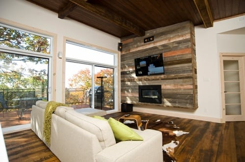 20 Most Unique Wood Pallet Wall Decoration For Living Room on Pallet Room Ideas  id=61260