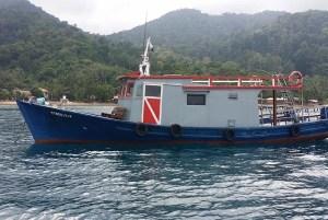 B&J's Dive Boat BJ2 aka Oceanic White Tip