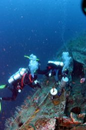 Staging tanks during Tec Dive on Repulse