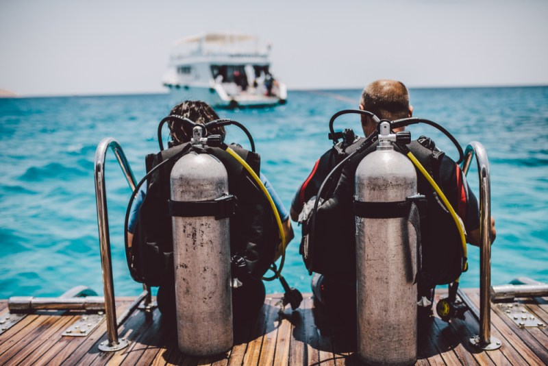 buying-guide-first-set-of-dive-gear-bcd-regulators-fins-mask-wetsuit-dive-computer