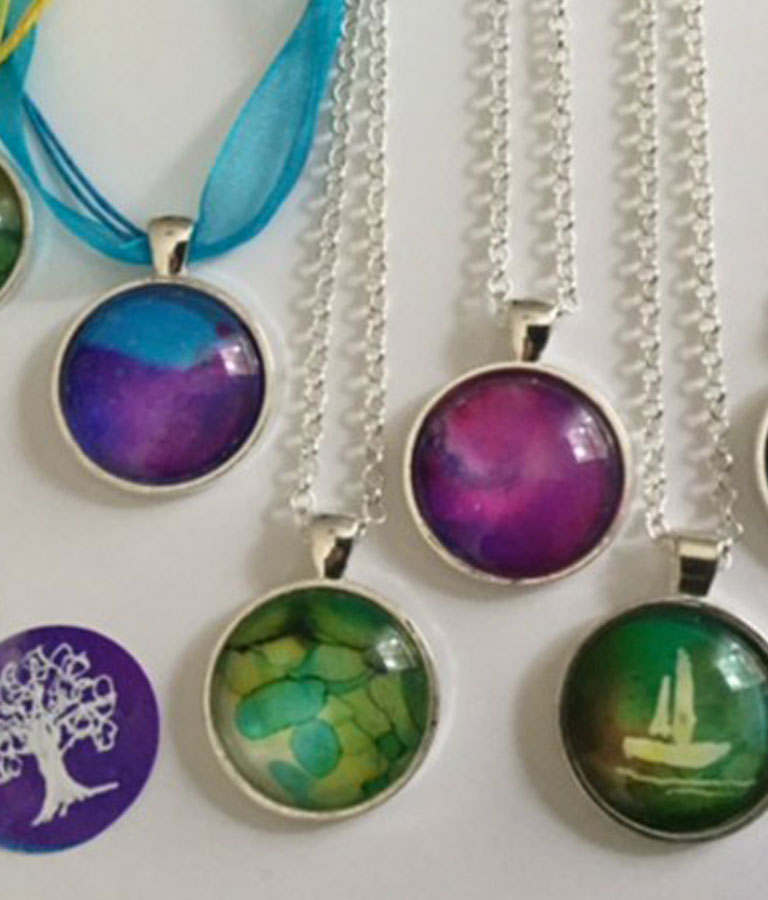 Jewelry Making For Beginners: Alcohol Ink Pendant Necklace