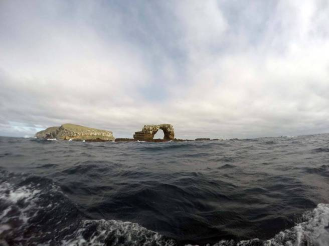 Darwin's Arch (Galapagos)