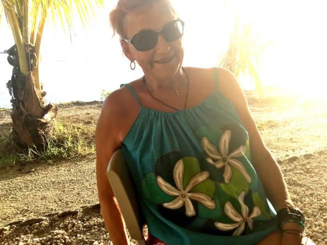 Happy Hour im Yachtclub Fare (Huahine)