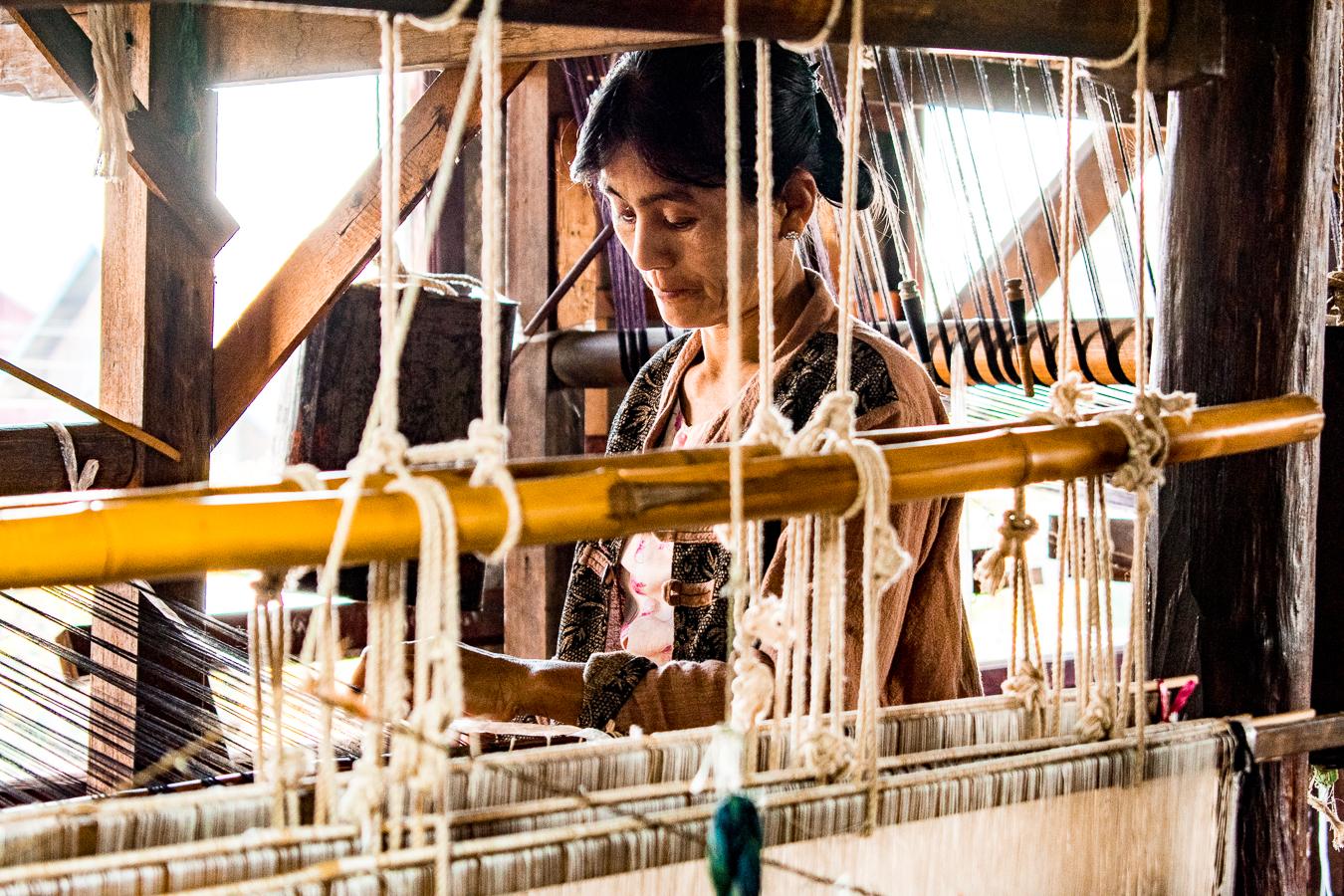 zakačite zelenu točku trgovine odjećom