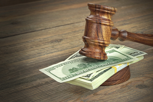 How Much Alimony Does a Spouse Need?