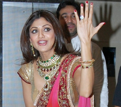 Our Top 5 Engagement Rings Of Celebrity Couples Divya