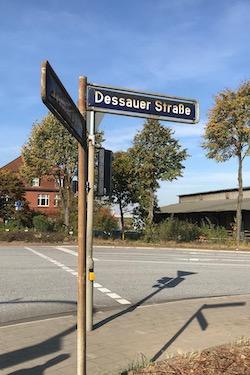 Vägskylt Dessauer Strasse Foto: Karin Brygger