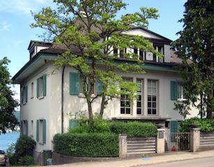 Manns hus i Kilchberg