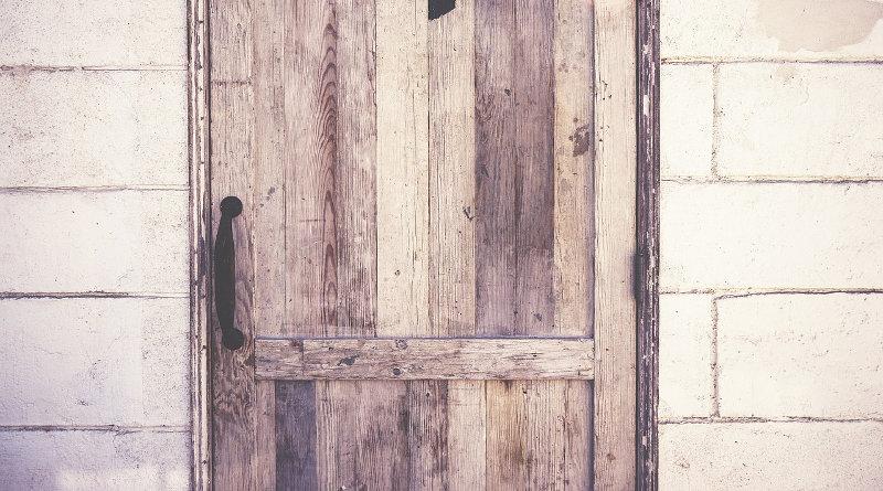 repair a door