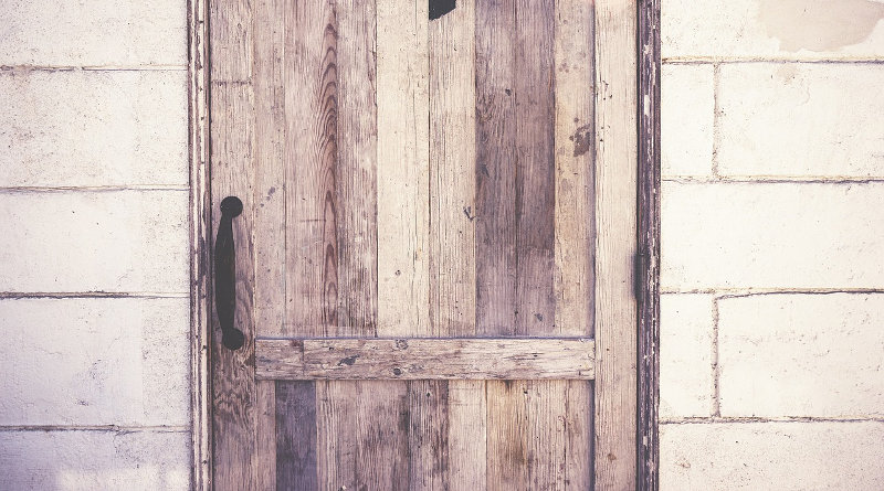 Door Repairs How To Repair Solid Wood Doors Uk Diy