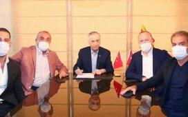 Arda Turan resmen Galatasarayda