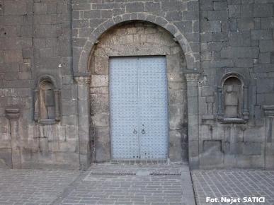 dagkapi-diyarbakir1-fot.nejat_satici.jpg