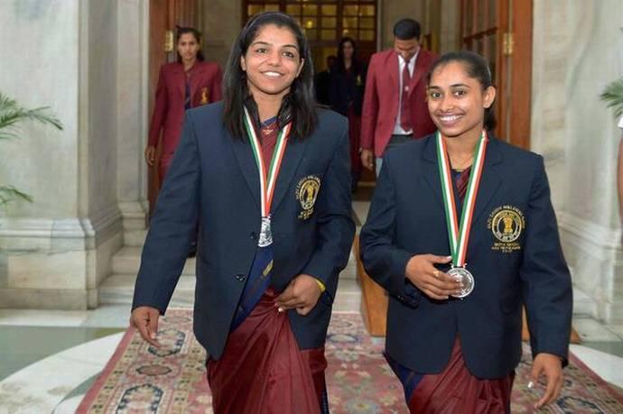 Indian olympians Dipa Karmakar and Sakshi Malik make Forbes 30 under 30 List of Super Achievers