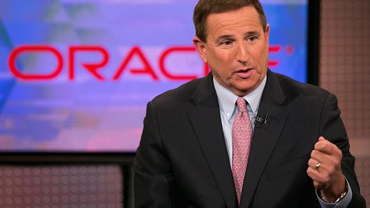 Oracle CEO Mark Hurd says F1 students should be allowed to work