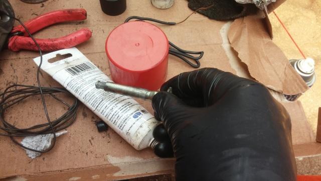 repairing honda brake callipers