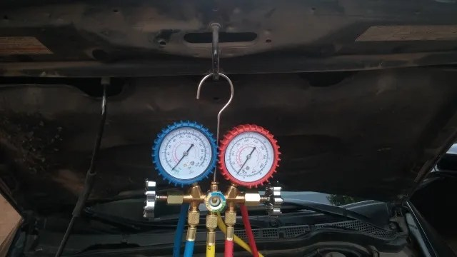 AC manifold gauges