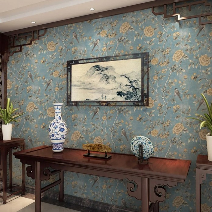 This blue and beige bird wallpaper is so elegant and fancy looking! I love it!