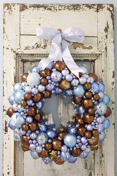 Snow Themed DIY Wreath