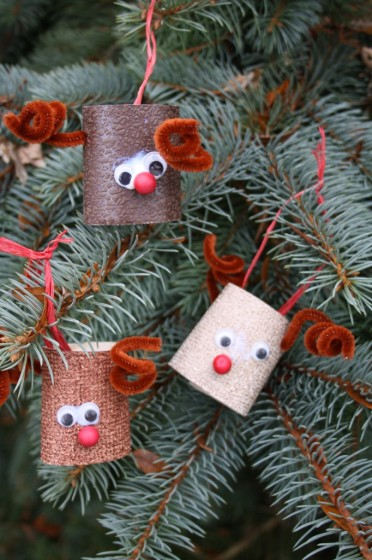 Christmas Craft For Kids - Toilet Paper Reindeer Ornaments