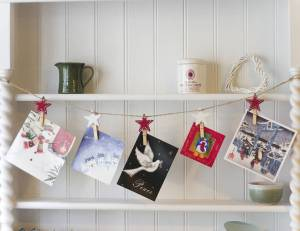 Christmas Card Garland - DIY Garland