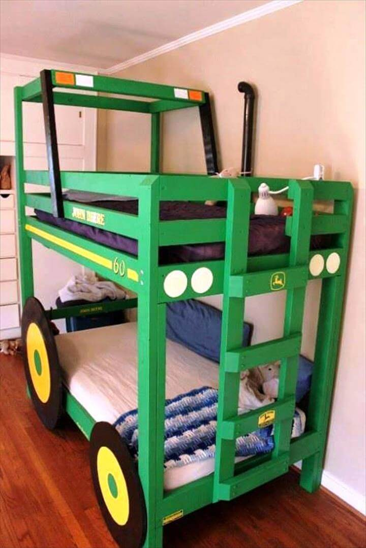 Top 30 Pallet Ideas to DIY Furniture for Your Home - DIY ... on Pallet Bed Room  id=59128