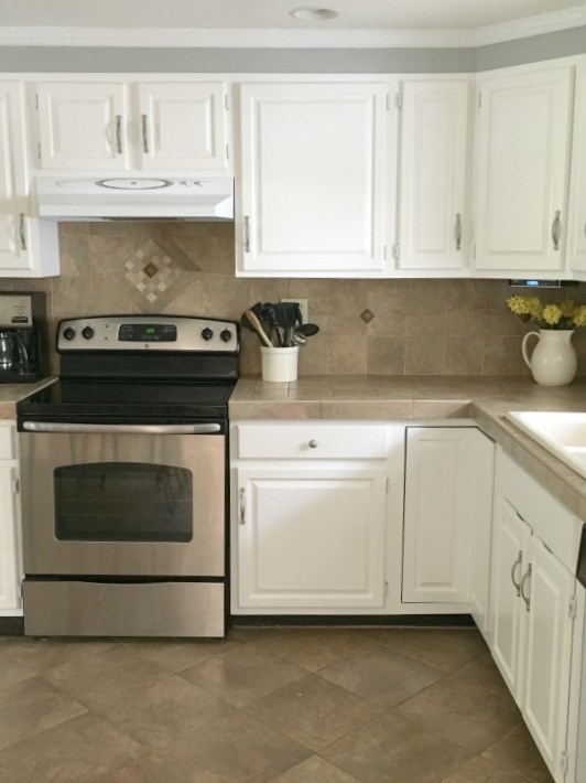 benjamin moore cabinet paint is it worth the money diy on benjamin moore kitchen cabinet paint id=54050