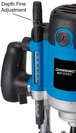 The fine depth adjustment on the Silverline 264895 wood router