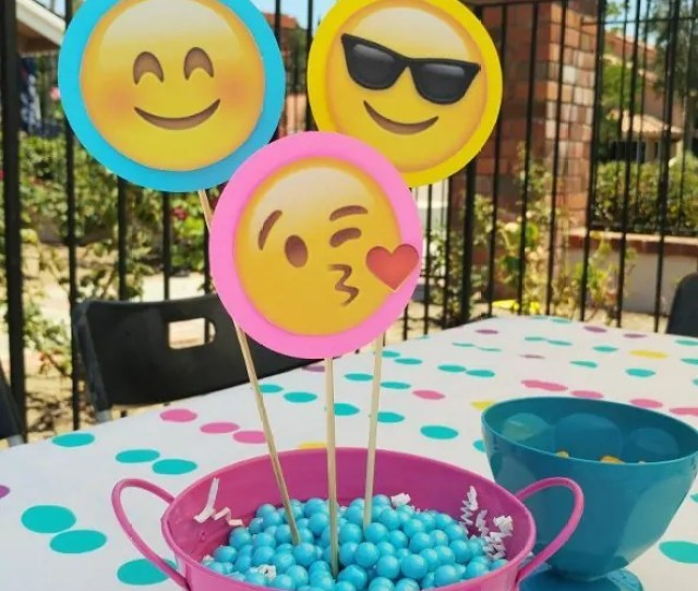 Emoji Party Centerpieces Diy Inspired