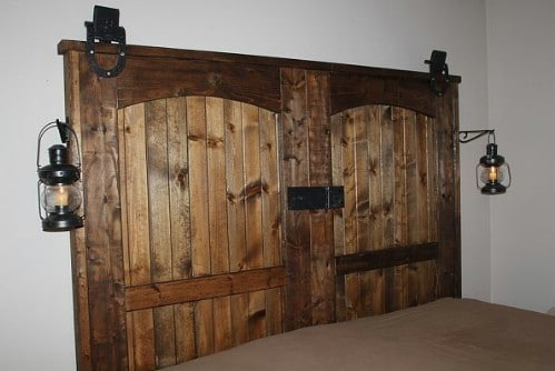 40 Rustic Home Decor Ideas You Can Build Yourself   DIY   Crafts Source     Oldworldgardenfarms Rustic Headboard   40 Rustic Home Decor Ideas  You Can Build Yourself