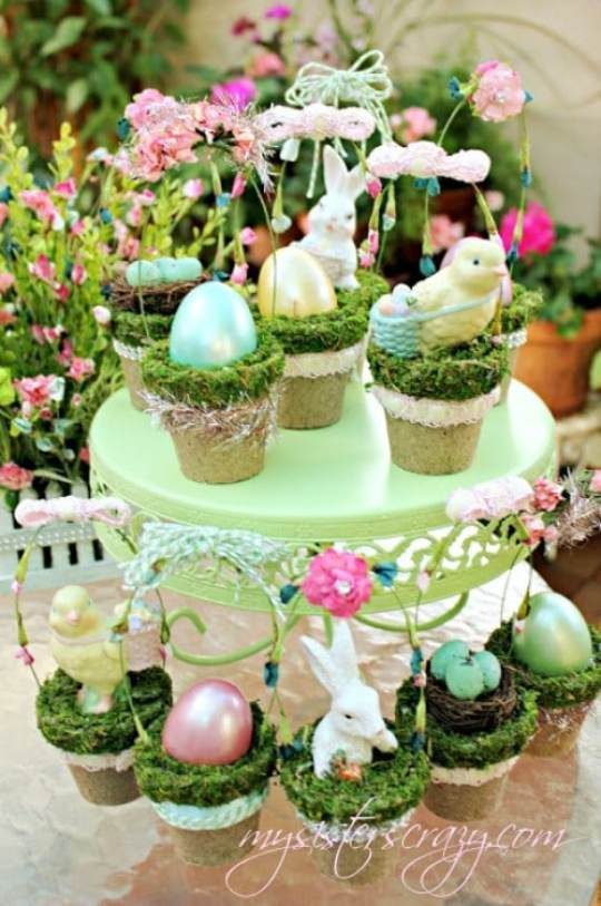 Tiny Decorative Easter Baskets - 80 Fabulous Easter Decorations You Can Make Yourself