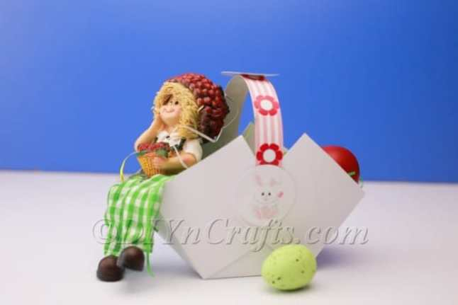 Simple DIY Easter Basket Decoration In Under 10 Minutes