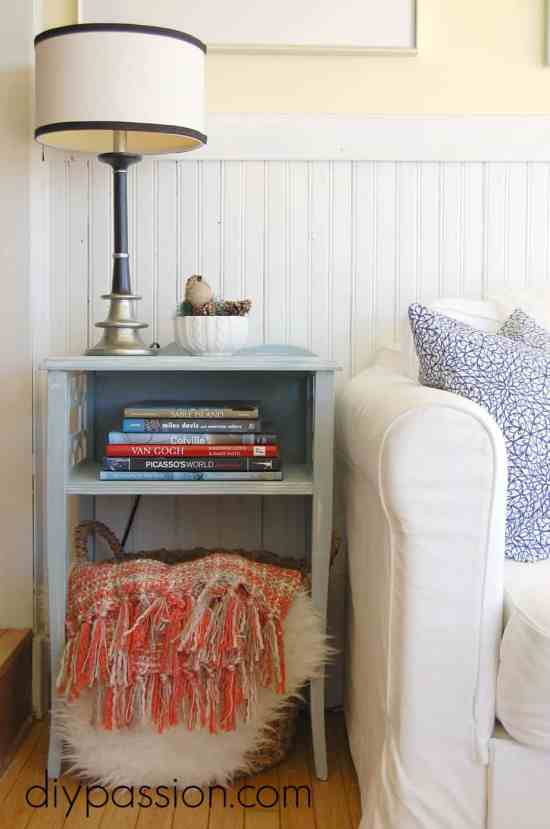 Distressing furniture with Annie Sloan Chalk Paint