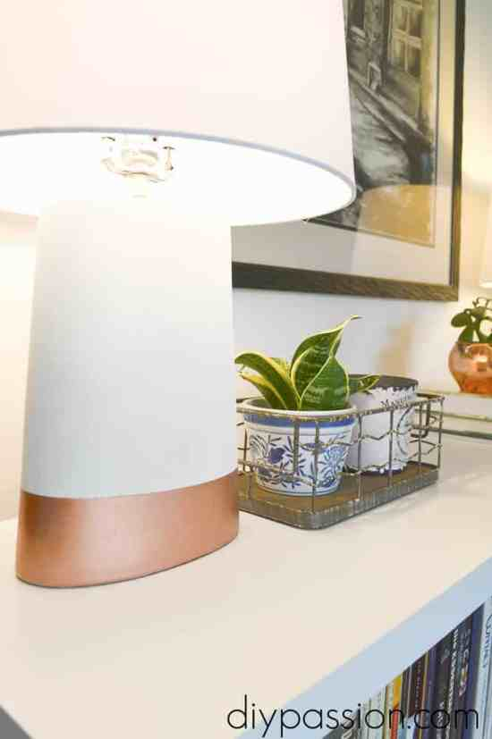 Spray Paint a Ceramic Lamp