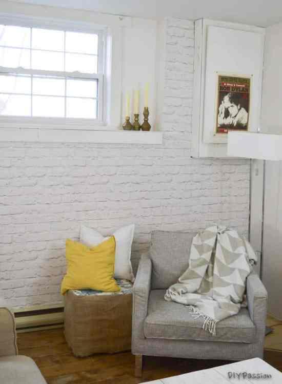 White Brick Wall using Wall Paper