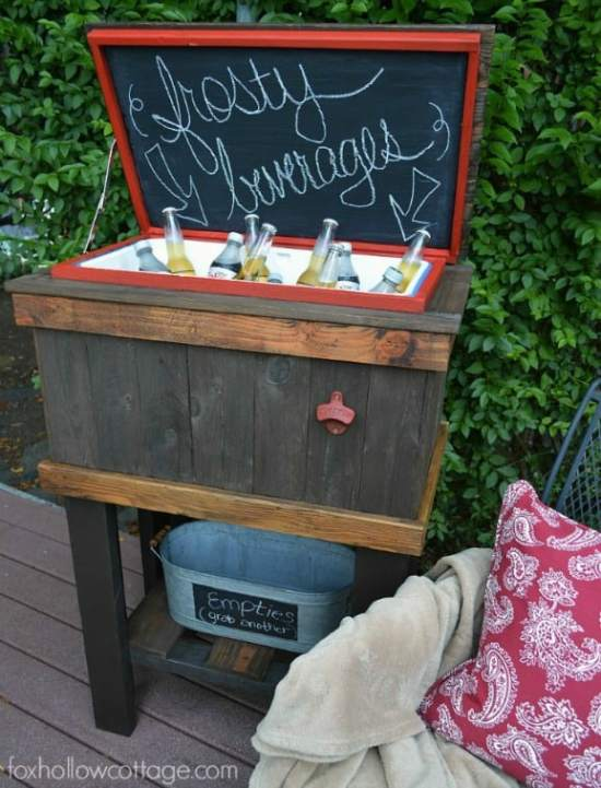 DIY-Reclaimed-Wood-Deck-Cooler-Stand-foxhollowcottage