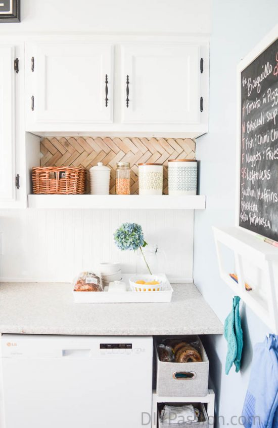 home-tour-kitchen-breakfast-tray-diypassion-com