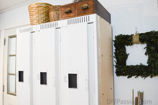 industrial-farmhouse-decor-with-vintage-metal-lockers