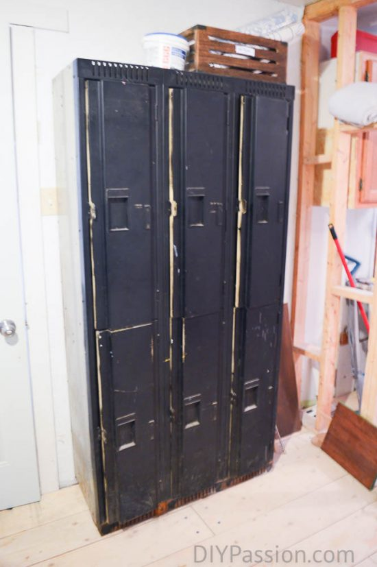 vintage-metal-lockers-before