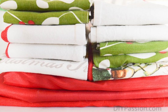 How to organize holiday table linens