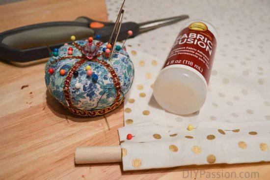 diy-craft-cart-with-fabric-fusion-no-sew-curtain