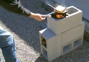 DIY_Cooking_without_Electricity_Rocket_Stove_01