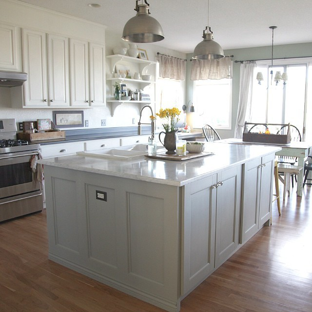 what s the best way to do chalk paint kitchen cabinets on best paint for kitchen cabinets diy id=44766