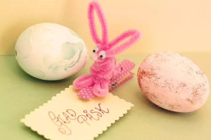 glad påsk hare